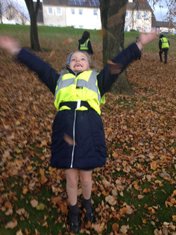 Playing in the Autumn leaves (8)
