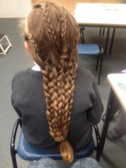 hair braiding 2_edited