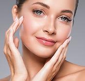 beauty-skin-woman-face-clos-up-healthy-hair-cosmet-H5CEA9V.jpg