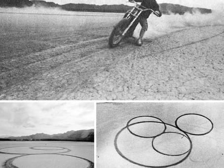 Circular Surface Planar Displacement Drawing