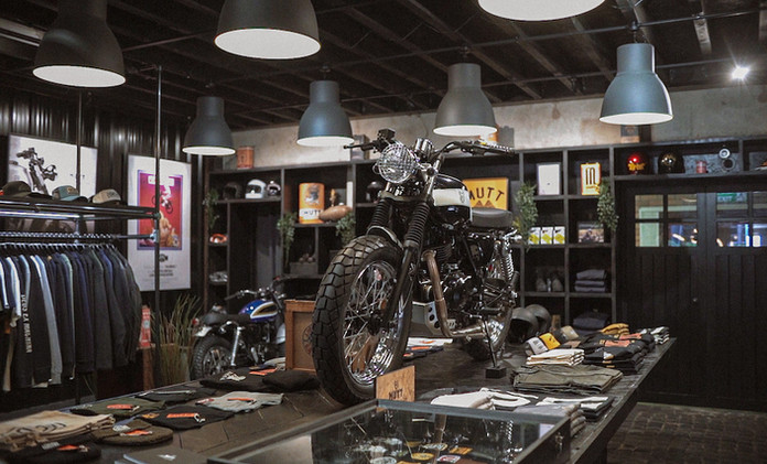 Mutt Motorcycles HQ Showcase - Film Stills [added grain] 1.jpg