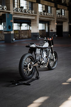 Sideburn AMP Motorcycles WR400 flat trac