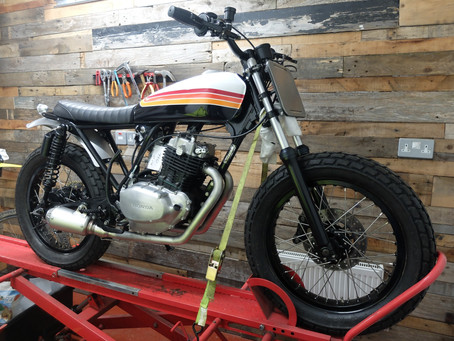 CB250Rs 'A Simple Street Tracker'