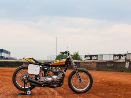 Jan's Triumph T140