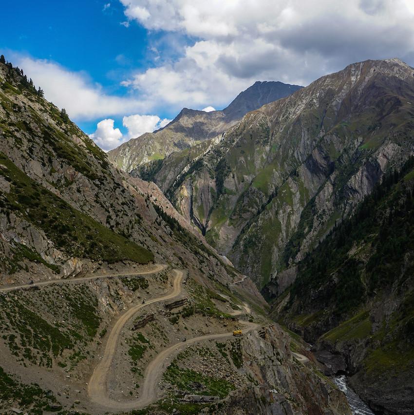 Sideburn Helmet Stories Himalayas 2017 01016