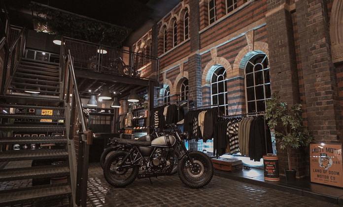Mutt Motorcycles HQ Showcase - Film Stills [added grain] 4.jpg