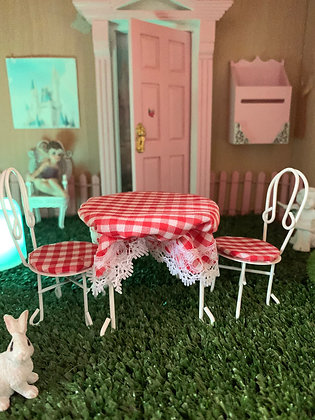 Fairy Table & Chairs
