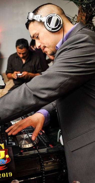 DJ Colombiano