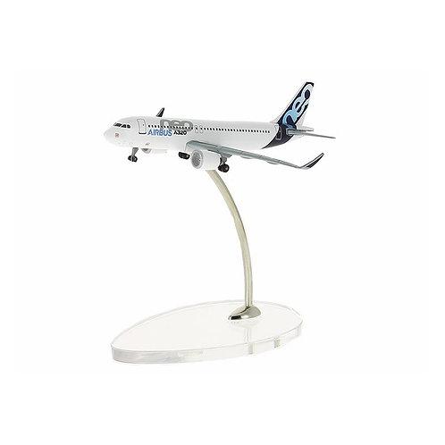 A320neo 1:400 scale model