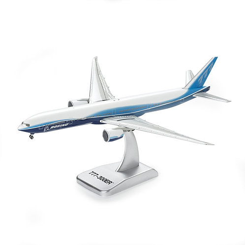 Boeing 777-300ER Die-Cast 1:400 Model