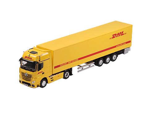 mercedes benz model truck 1:50 Licensed by Daimler AG