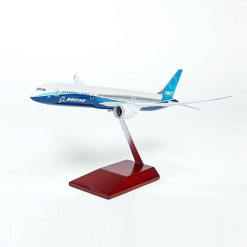 Boeing Unified 787-8 Dreamliner Plastic 1:200 Model