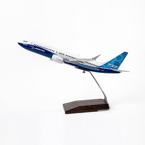 Boeing Unified 737-8 MAX Resin 1:100 Model