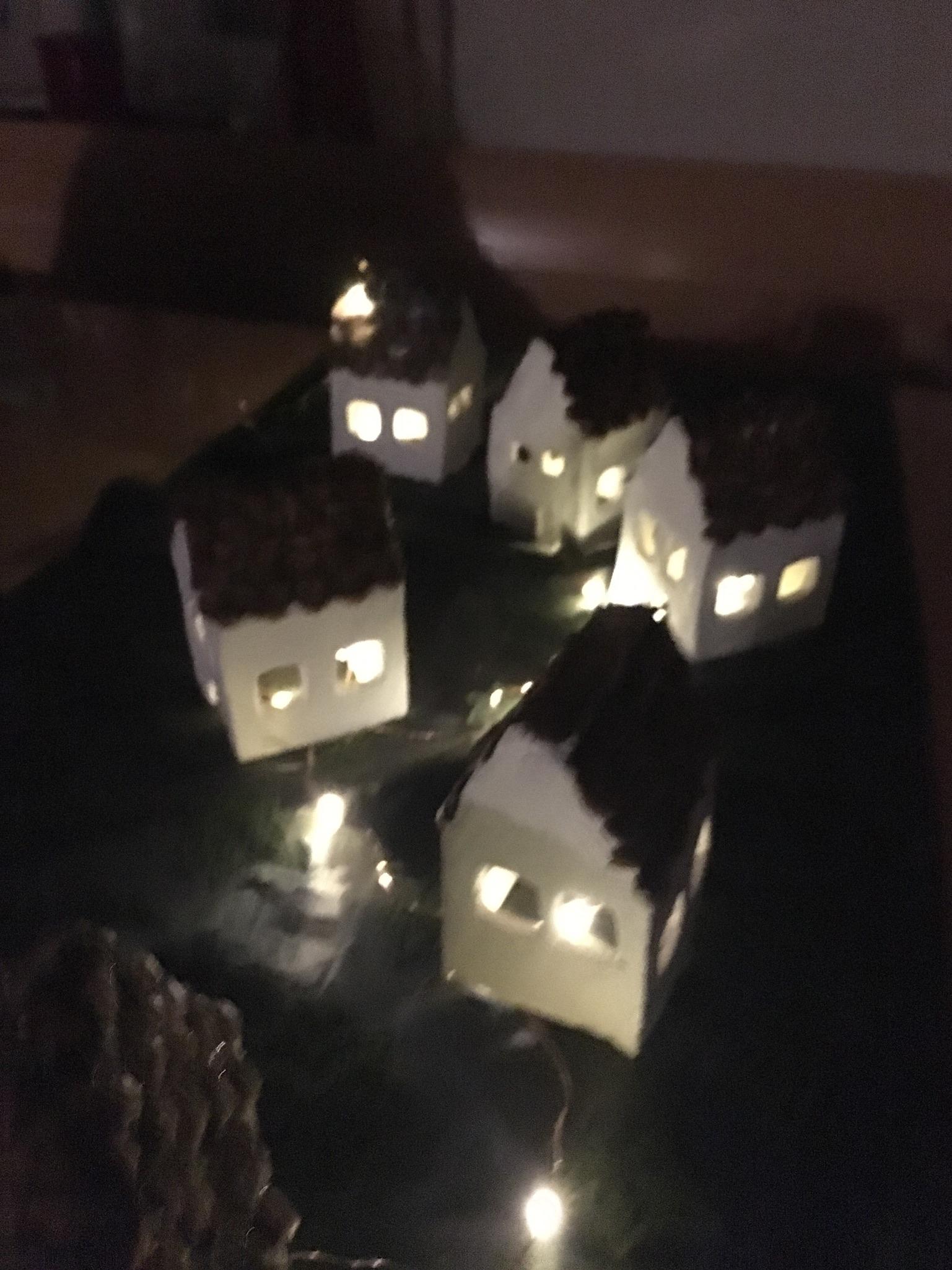 Beleuchte Häuser
