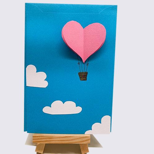 Karte – Luftballon im blauen Himmel