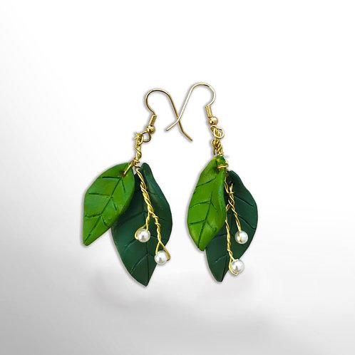 Ohrring Kirschblätter mit Perlen