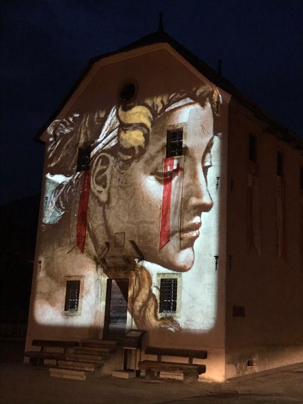 Ernen light show on prison 2020