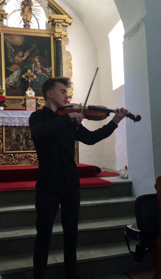 Baptiste playing Raeger in Giesse Kapell