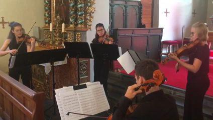 Fitkin : Pfarrkirche  Binn 2020