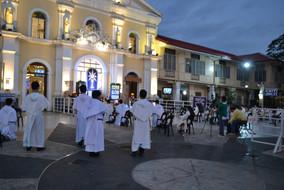 01_Adoration of the Blessed Sacrament_Ho