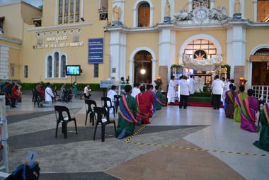 11_Adoration of the Blessed Sacrament_Ho