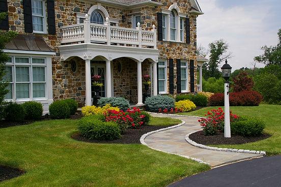frontyards driveways walkways gardens entrances walls and pillars bucks mercer hunterdon montgomery county pa