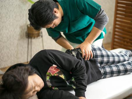 電磁波の影響で腰が痛い?奈良で根本的な改善を専門とする整体先生が語る腰痛改善のヒント!