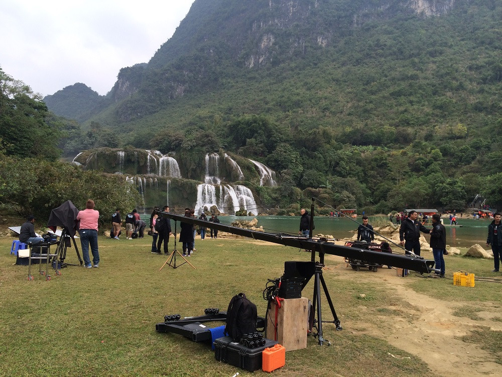 Vietnam fixer managed the Bollywood movies shot in Vietnam for the first time. The crew chose Ban Gioc waterfall as one of the two filming locations.
