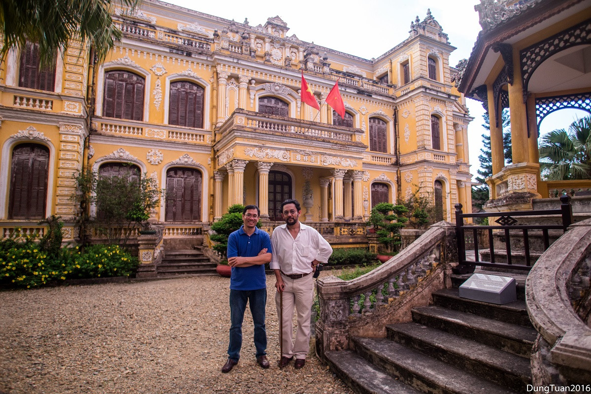 Vietnam Fixer, Andy Nguyen with Dr.Farish Noor in Hue