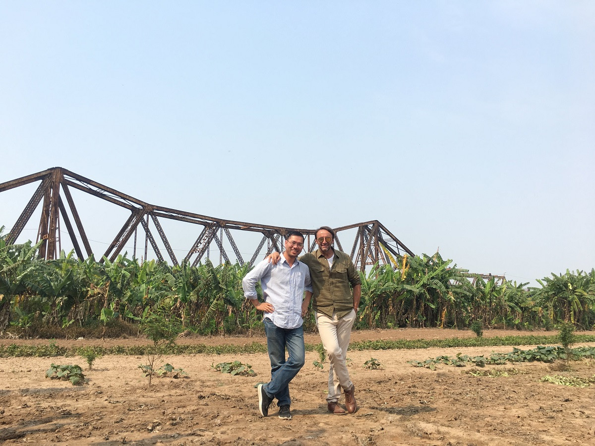 Filming in Vietnam with director Laith Bazari at historical bridge of Long Bien, Hanoi