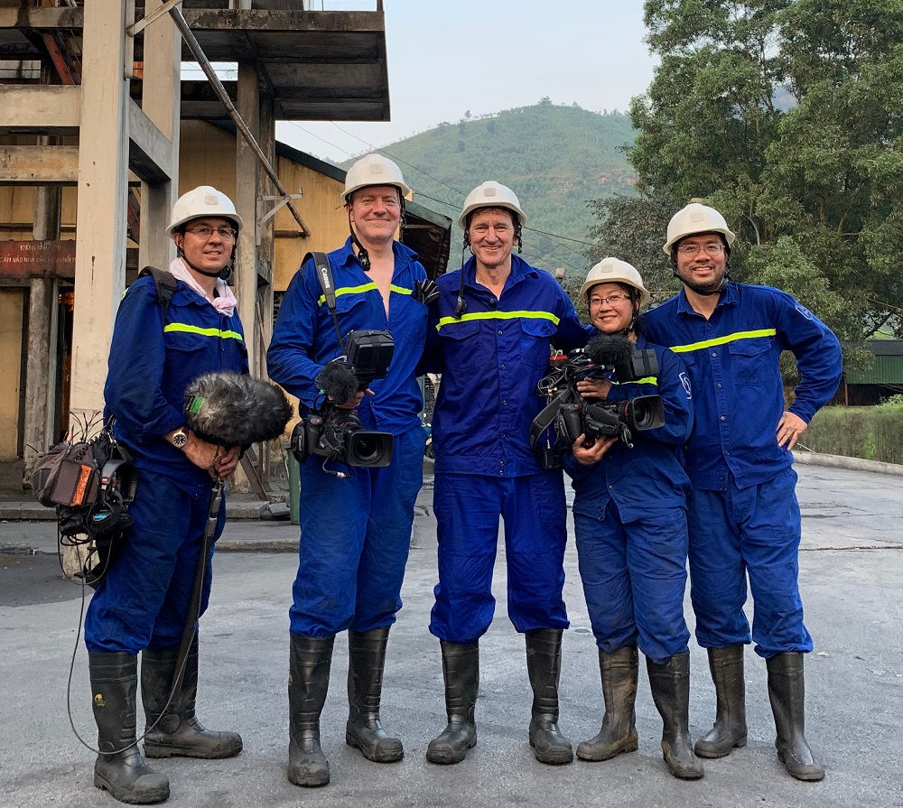 Fixer in Vietnam - Andy Nguyen and Arcos Films crew in Mao Khe coal mine