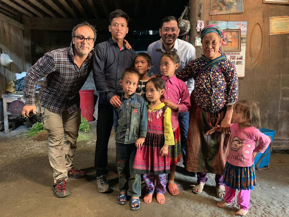 Filming in Vietnam with independent filmmaker Alireza at a Hmong family in Bac Ha
