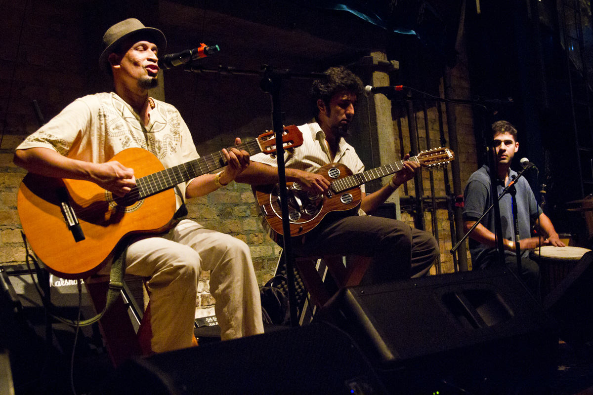 Jonathan Silva, Filpo Ribeiro e Lucas Brogiolo