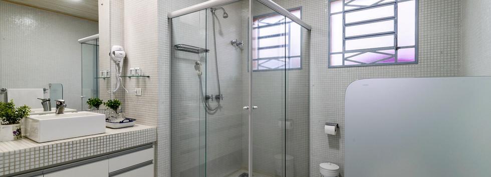 Pousada do Vinhedo - Banheiro Suíte Syra