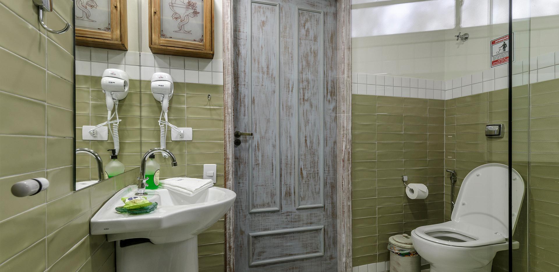 Pousada do Vinhedo - Banheiro Suíte Siva