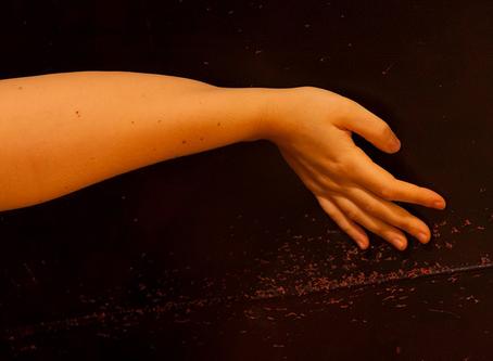Tingling hands