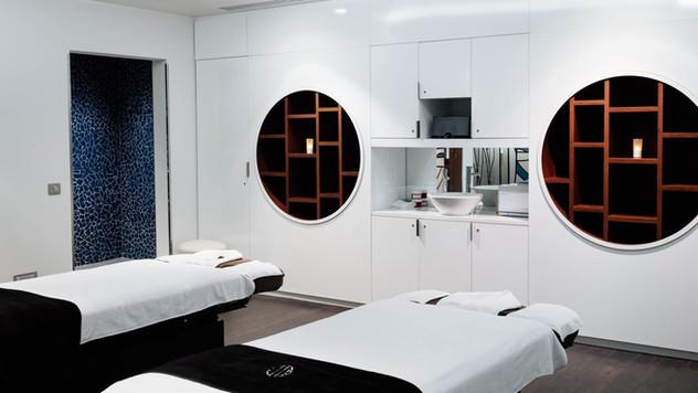 Spa & treatments at the Molitor
