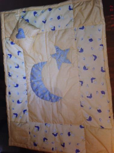 Couverture bébé patchwork avec coussin