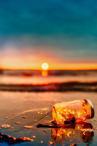 sunset-2380279_1920.jpg