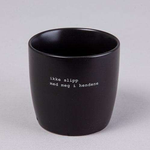 "KRUS SORT ""IKKE SLIPP"" BY TRYGVE SKAUG"