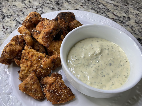 Salmon Nuggets with Tarter sauce