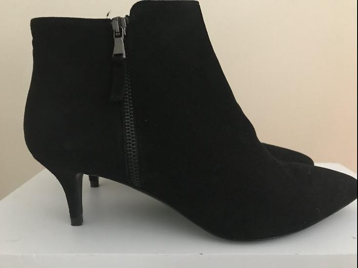 Elia.B Boots