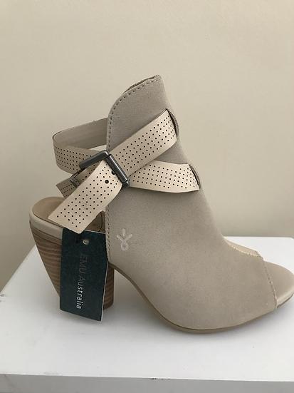Emu Sandals