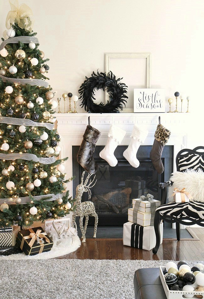 monochromatic neutral black white brown beige Christmas