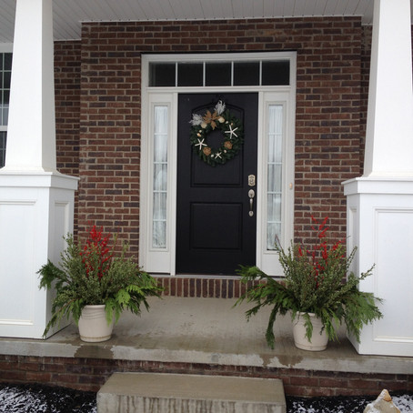 How To Create the Perfect Porch for the Holidays