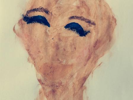 Portraits des maquillées : maquillage et tables de la loi