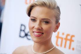 Scarlett Johansson got married? Tap to know more about whom and when!