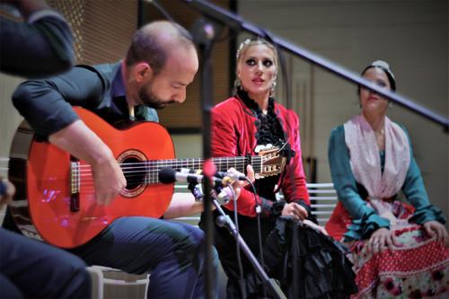 Jose Antonio Torres, Esther Garcés, Veronica LLavero