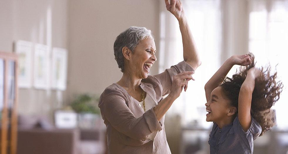 1%201140-sexy-grandma-dance-with-grandch