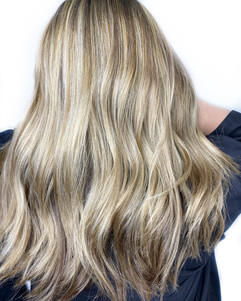 Partial highlight, gloss, style by Sara!